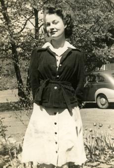 "<div class=""source""></div><div class=""image-desc"">Mother circa 1940 at Georgetown College</div><div class=""buy-pic""></div>"