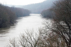 """<div class=""""source"""">Molly Haines</div><div class=""""image-desc"""">The Kentucky River, seen here from Gratz bridge Monday afternoon, stood at 22.8 feet at Lockport, near Gratz. The Kentucky River at Frankfort was expected to crest at 22.3 Tuesday evening. </div><div class=""""buy-pic""""><a href=""""http://web2.lcni5.com/cgi-bin/c2newbuyphoto.cgi?pub=033&orig=Kentucky-River.jpg"""" target=""""_new"""">Buy this photo</a></div>"""