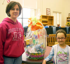 "<div class=""source""></div><div class=""image-desc"">Laura and Emma Dorton