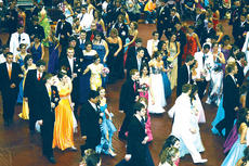 """<div class=""""source""""></div><div class=""""image-desc"""">The grand march is one of the traditions of the Owen County High School Prom.</div><div class=""""buy-pic""""><a href=""""/photo_select/4826"""">Buy this photo</a></div>"""
