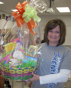 "<div class=""source""></div><div class=""image-desc"">Shelly Hedger