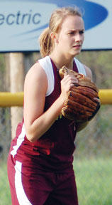 "<div class=""source""></div><div class=""image-desc"">Lyndsay Slayback gets ready in left field against Spencer County.</div><div class=""buy-pic""><a href=""/photo_select/1239"">Buy this photo</a></div>"