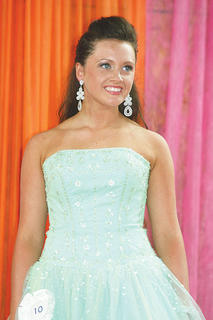 Emerald Garnett participated in the Miss Teen pageant.