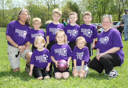 Back row (left to right): Coach Kathy Stamper, Layne Baxter, Kade New, Eli Myers, Ashton Moore, Coach Heather Baxter; Front row (left to right): Brooklyn Doss, Lindsey Hobbs, Kailyn Duncan