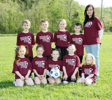 Back row (left to right): Kaleb Epperson, Blake Fitzgerald, Skyla Tucker, Connor Ogden, Coach Barbara Epperson; Front row (left to right): Madalyn Wright, Gracie Sizemore, Trinity Craig, Caitlin Sizemore, Gabriella New