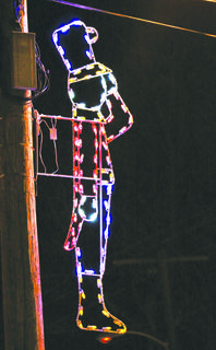 One of the City of Owenton's many Christmas lights.