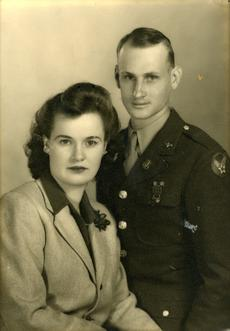 "<div class=""source""></div><div class=""image-desc"">Georgia's parents on their furlough honeymoon</div><div class=""buy-pic""></div>"