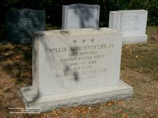 "<div class=""source"">M. R. Patterson/Arlington National Cemetery Website</div><div class=""image-desc"">Admiral Willis A. Lee Jr./Grave Marker/Arlington National Cemetery</div><div class=""buy-pic""></div>"