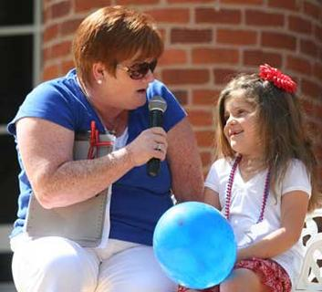 Allison Arnce, the winner of this year's Little Miss Sweet Owen Festival chats with Melody Stafford.